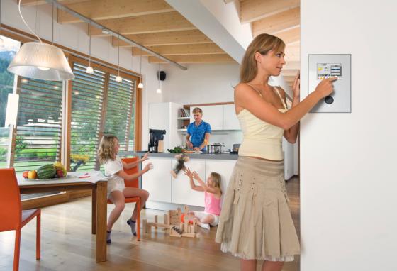 OKAL Haus setzt myGEKKO zur automatisierten Haussteuerung ein